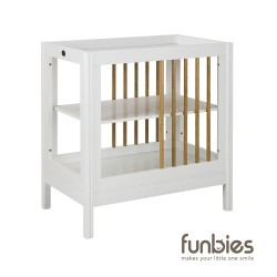Funbies Clover Change Table (White)